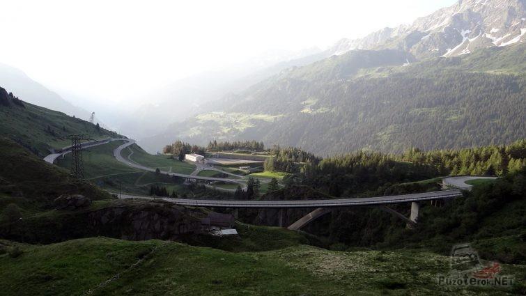 Перевал Коль де Турини на пути между Испанией и Швейцарией