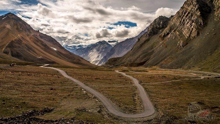 Петля горного перевала Лех-Манали в Индии