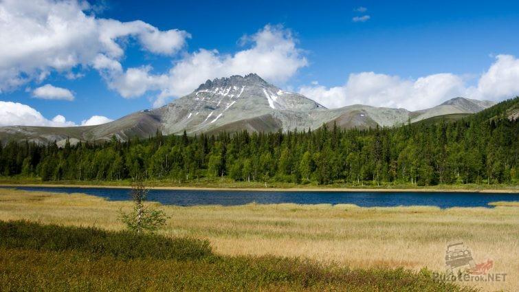 Гора Манарага на северном Урале