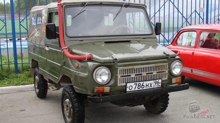 ЛУАЗ 969м со шноркелем