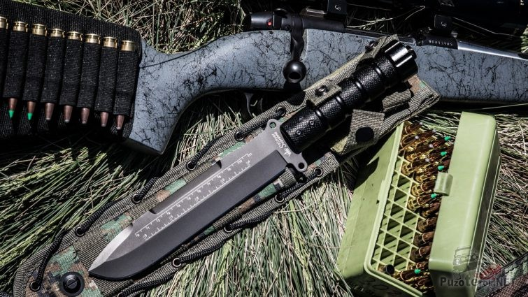Нож Survivalist, винтовка и патроны