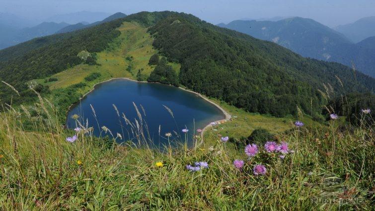 Озеро Хуко, Сочи, на границе с Адыгеей