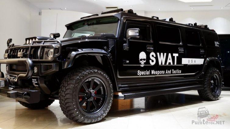 Чёрный Hammer спецподразделения SWAT