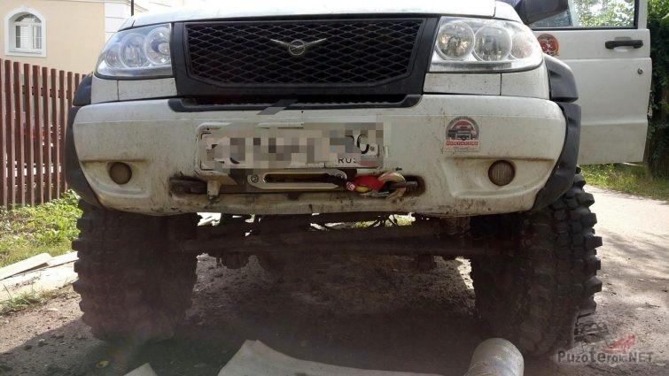УАЗ Патриот со встроенной в штатный бампер лебёдкой