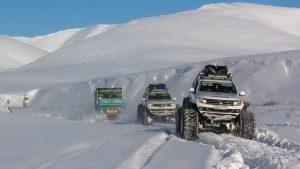 Путешествие на вездеходах амарок по зимнему Северу