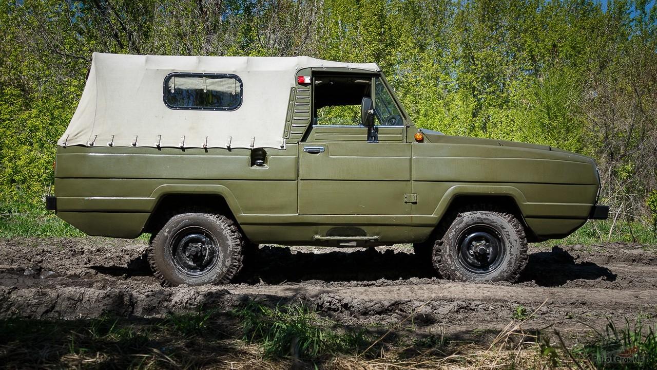 Амфибия УАЗ-3907