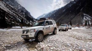 Экспедиция в горах на Лэнд Ровер Дискавери
