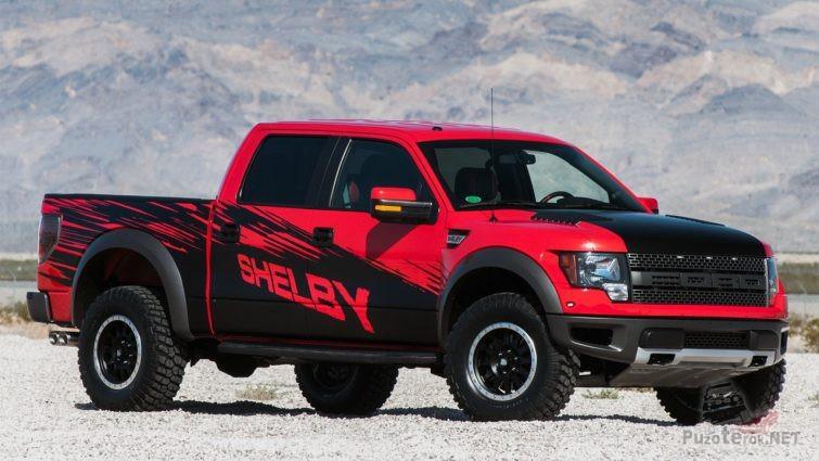 Красный с чёрным рисунком Ford Раптор