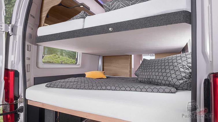 Спальные места в салоне автомобиля