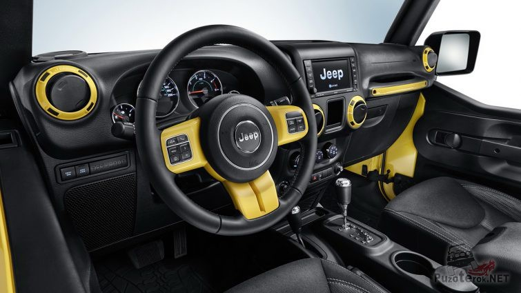 Усовершенствованный салон внедорожника Jeep