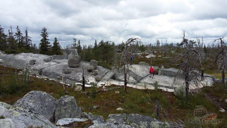 Каменные плиты горы Воттоваара