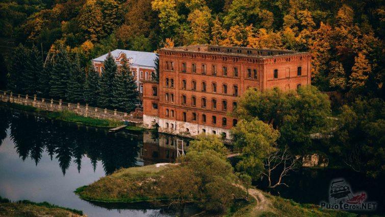 Многоэтажный особняк Графа Талдыкина в Липецкой области