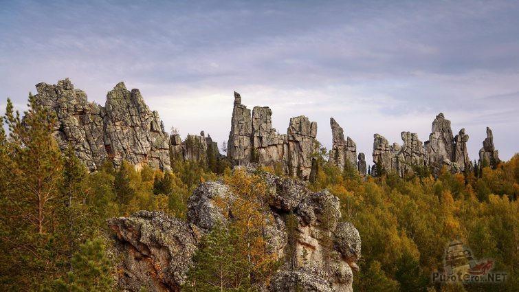 Рваные скалы Инзерских Зубчаток в Башкирии