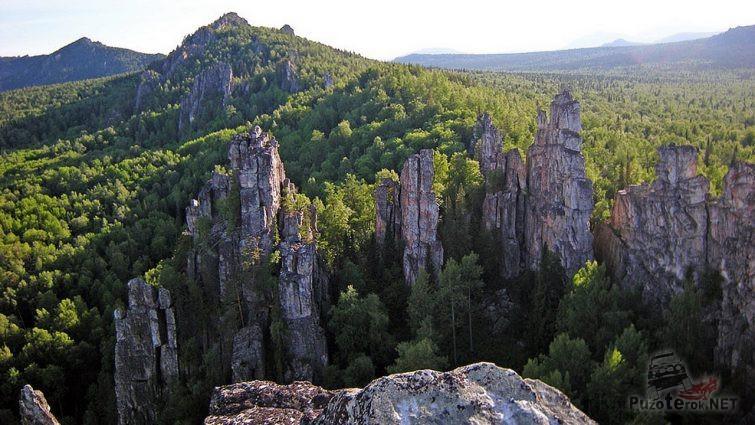 Величественные скалы