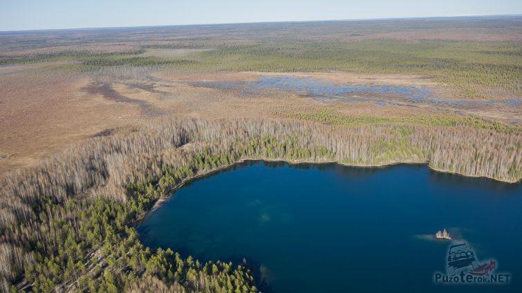 Вид сверху на Ядерное озеро