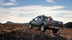 Вид сзади Nissan Navara 2014 года выпуска