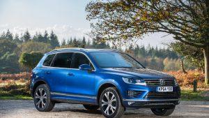Volkswagen Touareg второго поколения на природе