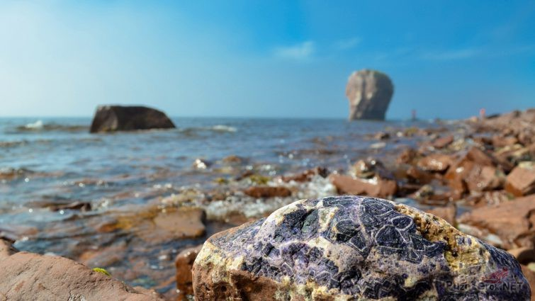 Аметистовый берег Белого моря