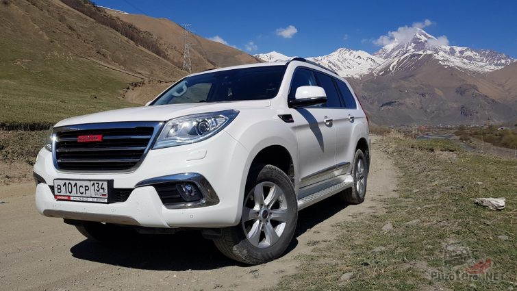 Белый Great Wall Haval в горах