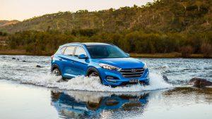 Hyundai Tucson едет вброд