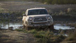 Тойота Такома в грязи