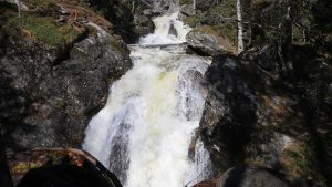 Жигаланский водопад в красновишерском районе