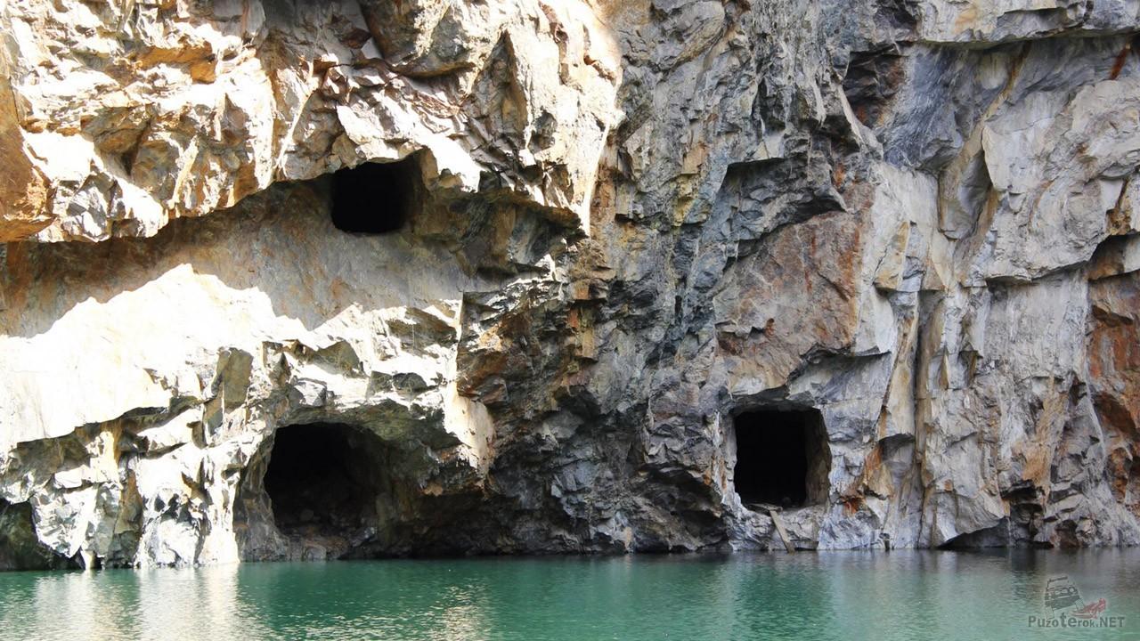 Горные выработки в скале