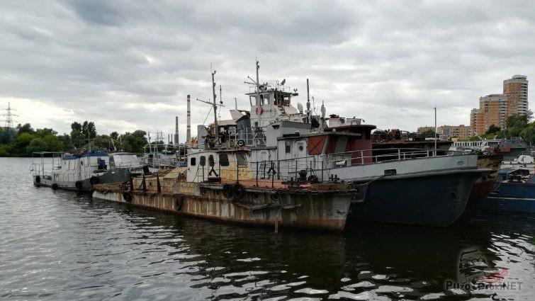 Корабль-призрак на Кожуховском Затоне