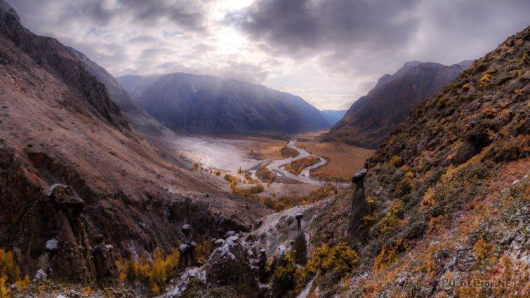 Осенний пейзаж в долине Чулышмана