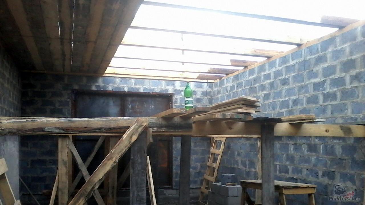 Подшивание потолка снизу