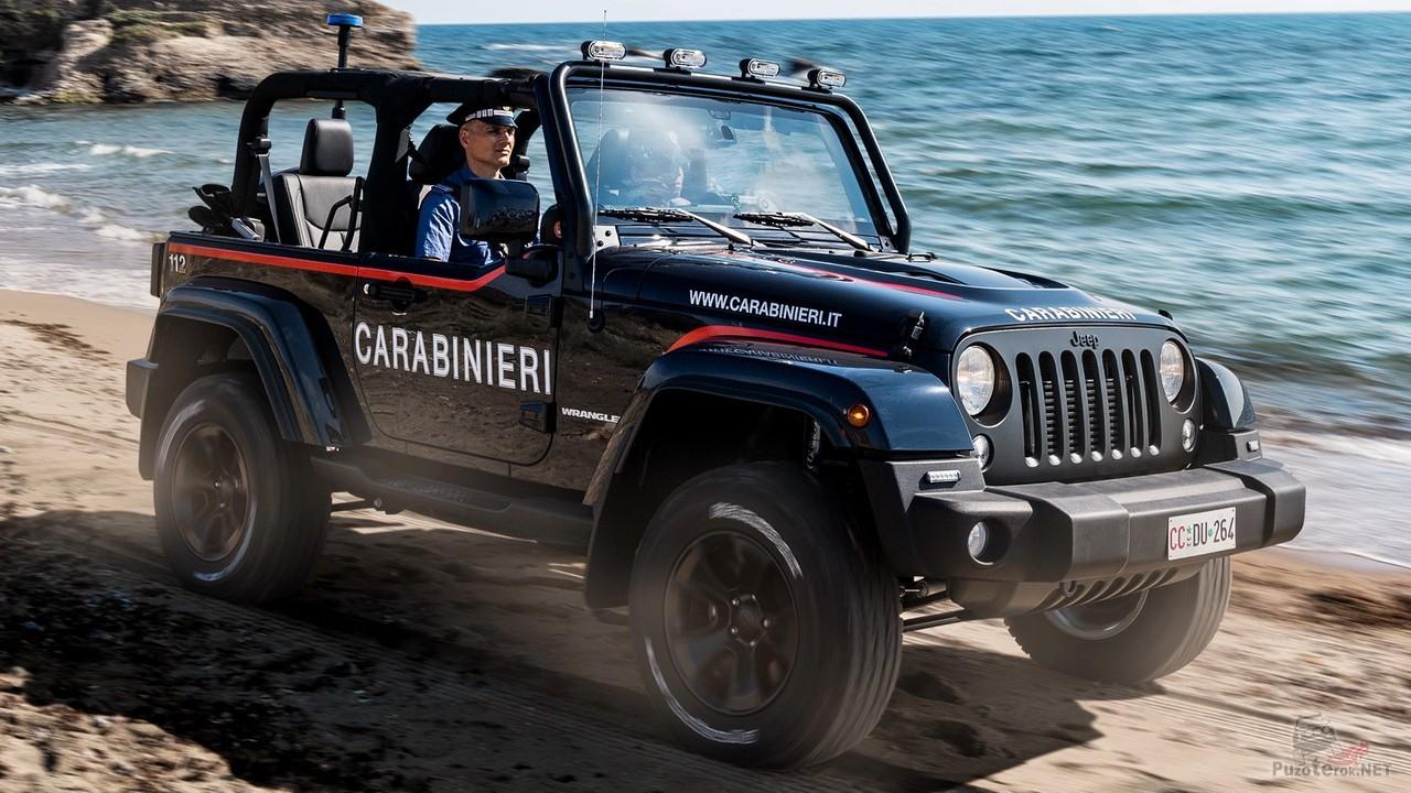 Полицейский Jeep Wrangler Carabinieri