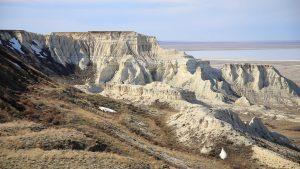 Прикаспийское плато в Казахстане