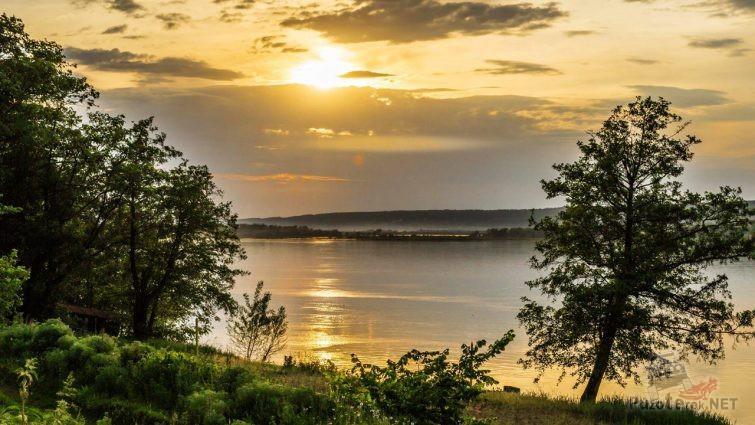 Раннее утро в Усинском заливе