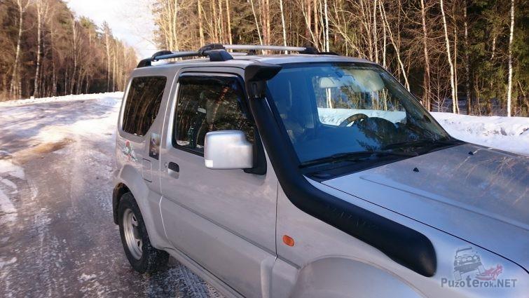 Шноркель на Suzuki Jimny серого цвета