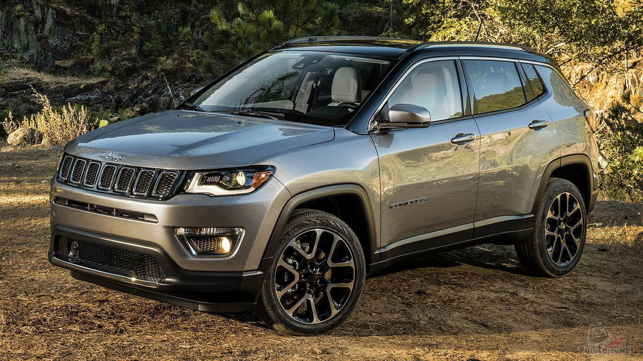 Серый Jeep Compass Limited 2017