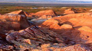 Турист среди Пылающих скал