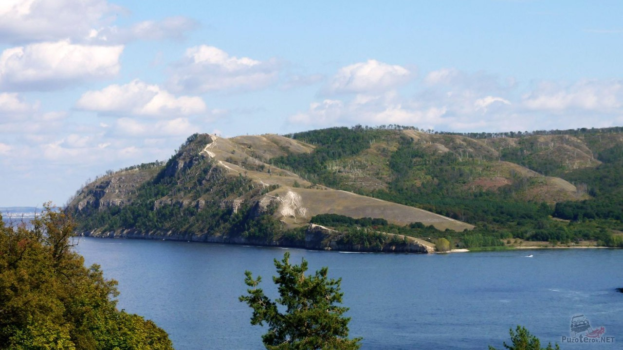 Вид с горы Лепёшка на Молодецкий курган