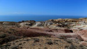 Вид с плато на озеро Зайсан