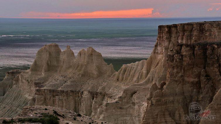 Закат над меловым плато