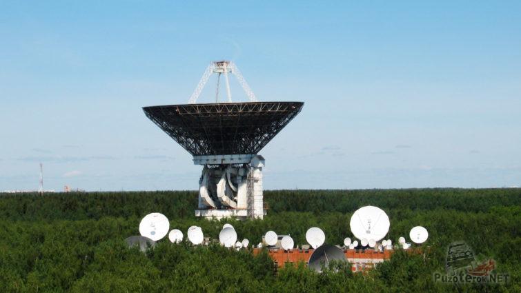 Антенна ТНА-1500 радиотелескопа РТ-64