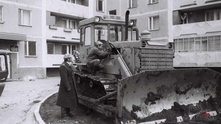 Архивное фото военных-ликвидаторов последствий аварии, 1986 год