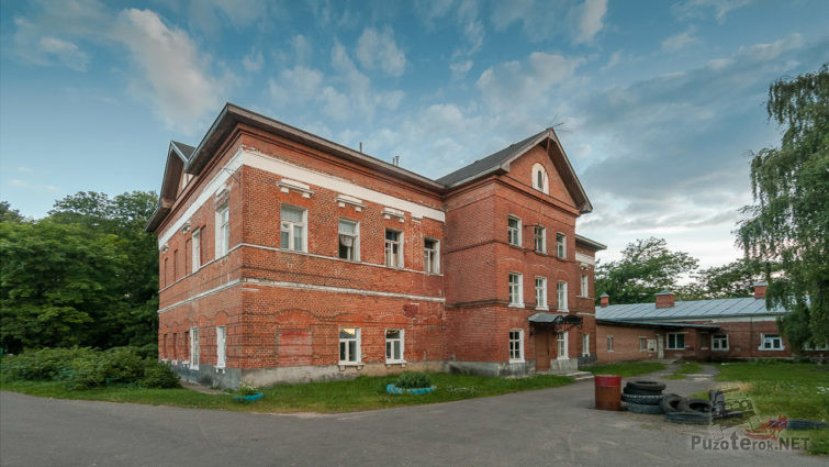 Больница в одном из зданий усадьбы