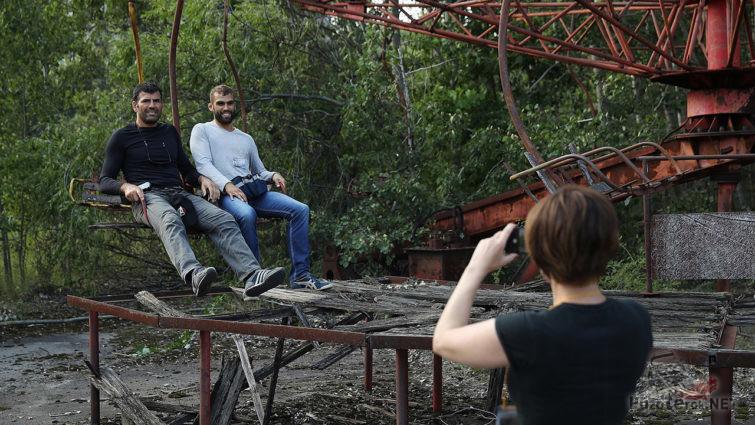 Съёмочная команда зарубежного сериала
