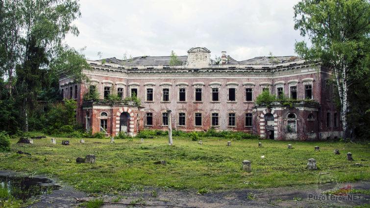 Заброшенное поместье графа Орлова