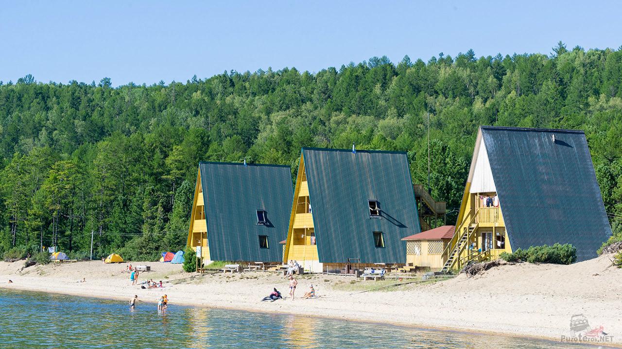 Отель на пляже Байкала