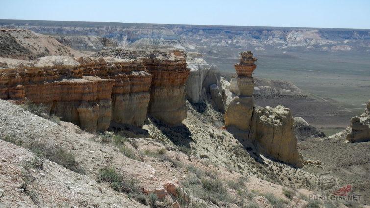 Отвесные скалы времен неолита