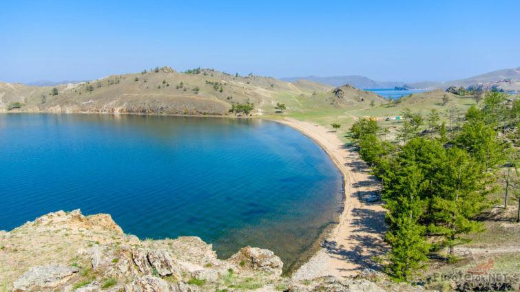 Пляж турбазы Мир Байкала