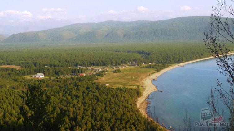 Посёлок Давша на берегу Байкала