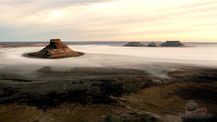 Туман над Устюртским заповедником