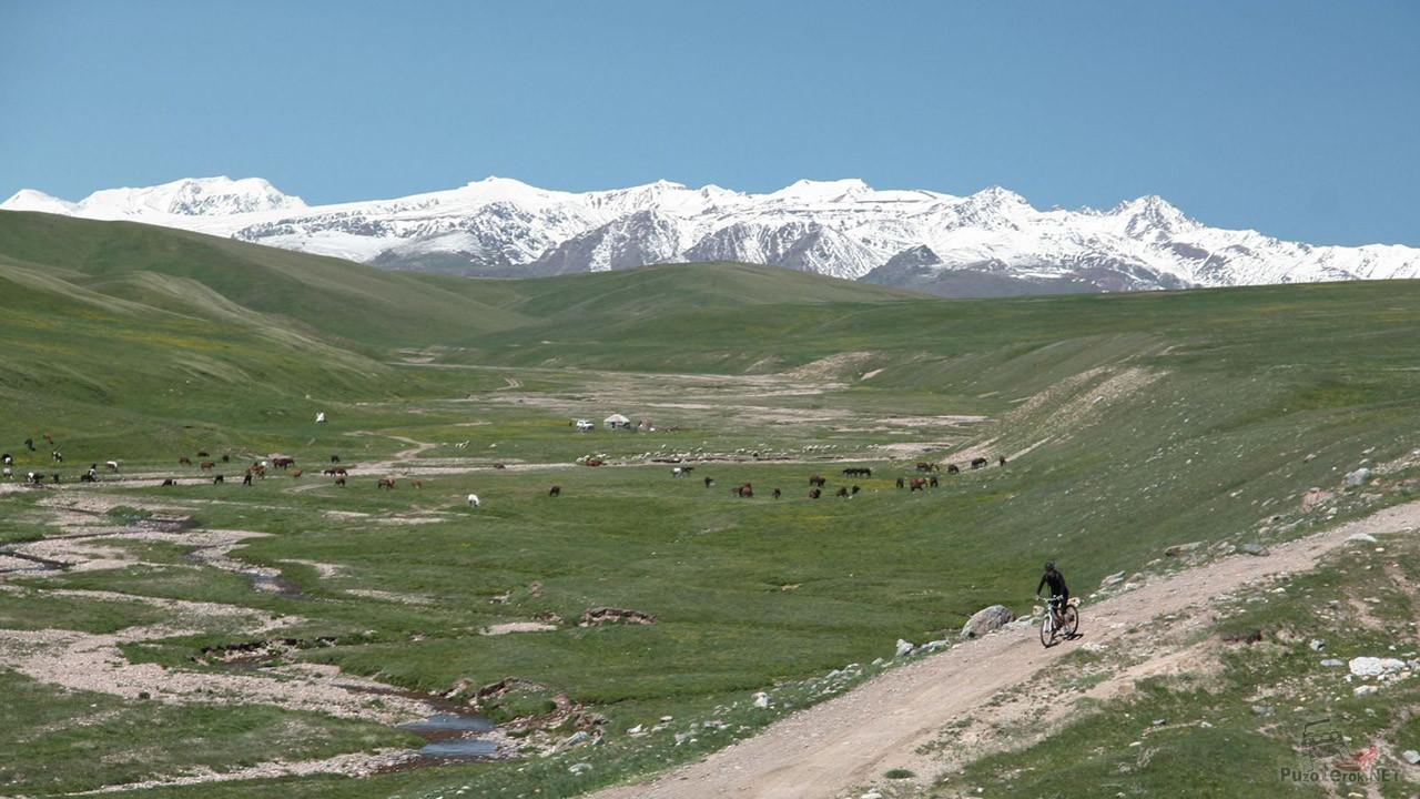 Участник велотура Ассы-Бартогай